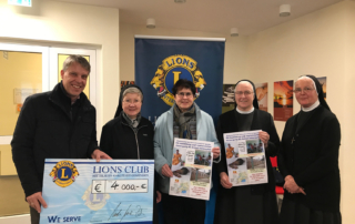Lions-Club spendet an Kreuzschwestern Ugana